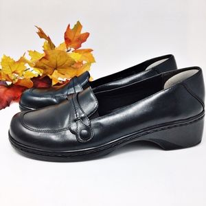 Clarks Leather Casual Loafer Slip On Sz 8.5